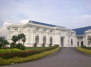 Sultan Abu Bakar Royal Palace Museum