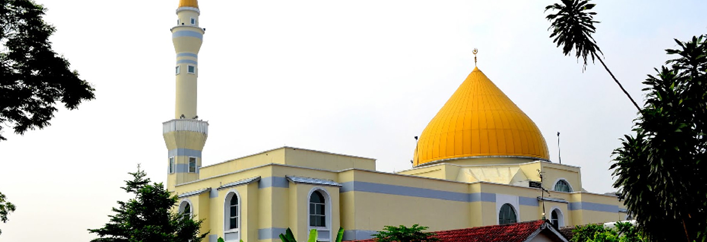 Masjid Jamek Sultan Abdul Aziz Masjid Mosque In Petaling Jaya Halal Trip