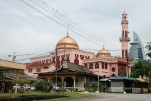 Masjid Al-Ikhlasiah, Pantai Hillpark