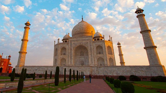The Top 10 Attractions for Muslims to Visit when in India