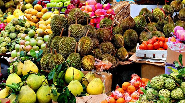 10 Must-Try Fruits When Travelling in Asia