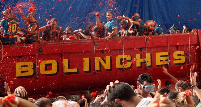 La Tomatina – Spain's Tomato Throwing Festival