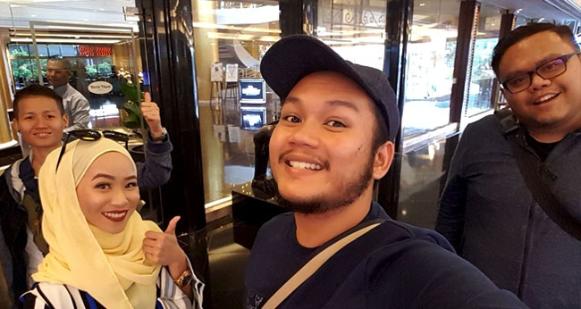 Faiz Shares His Amazing Muslim-Friendly Travel Experience in the Philippines!