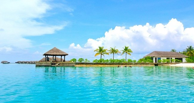 Best 5 Romantic Getaways & Honeymoons in Maldives