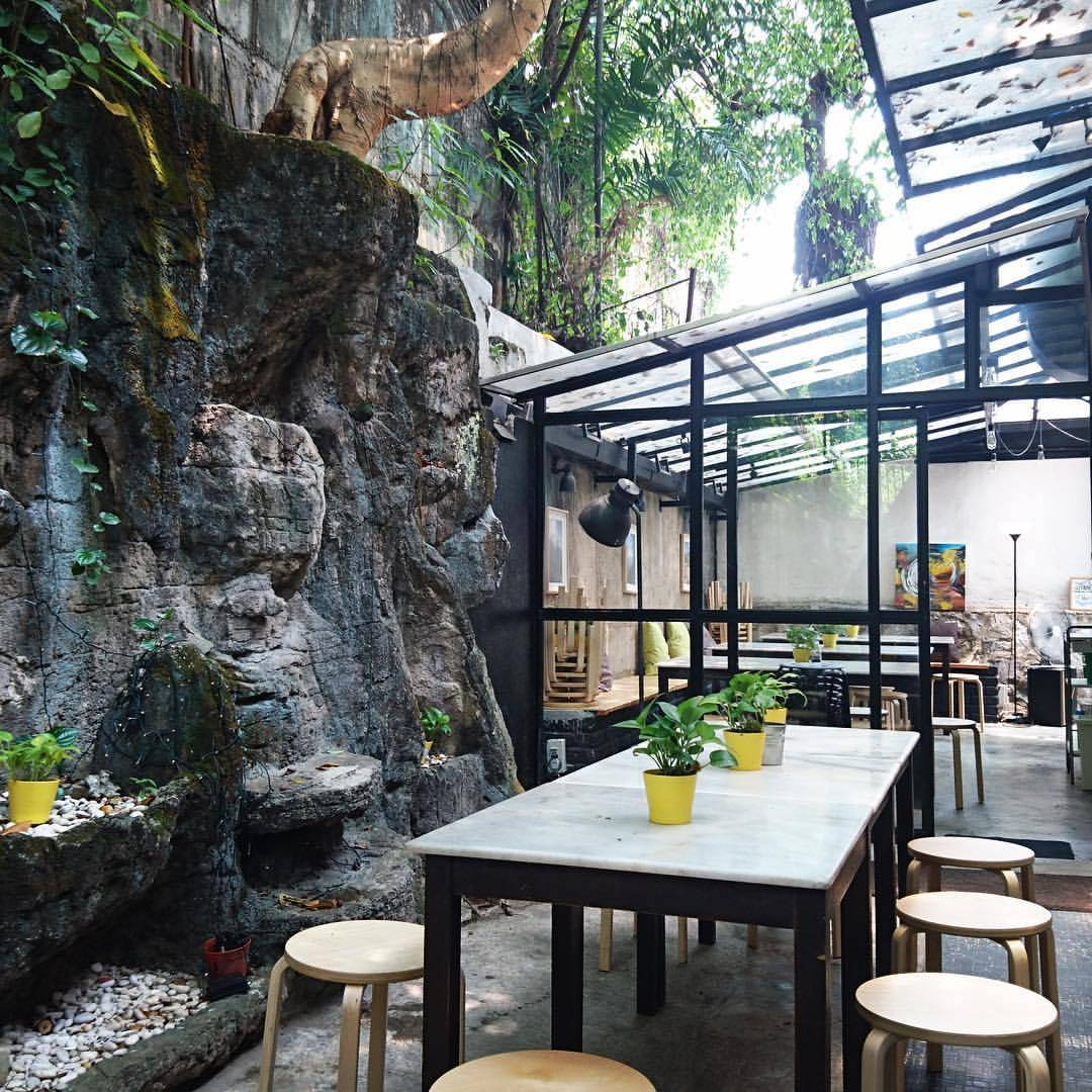 9 Halal Cafes In Kuala Lumpur To Satisfy Your Food Cravings Find