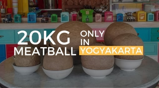 Have You Seen A 20KG Meatball?! The Bakso Klenger Ratu Sari Meatball Will Blow You Away!