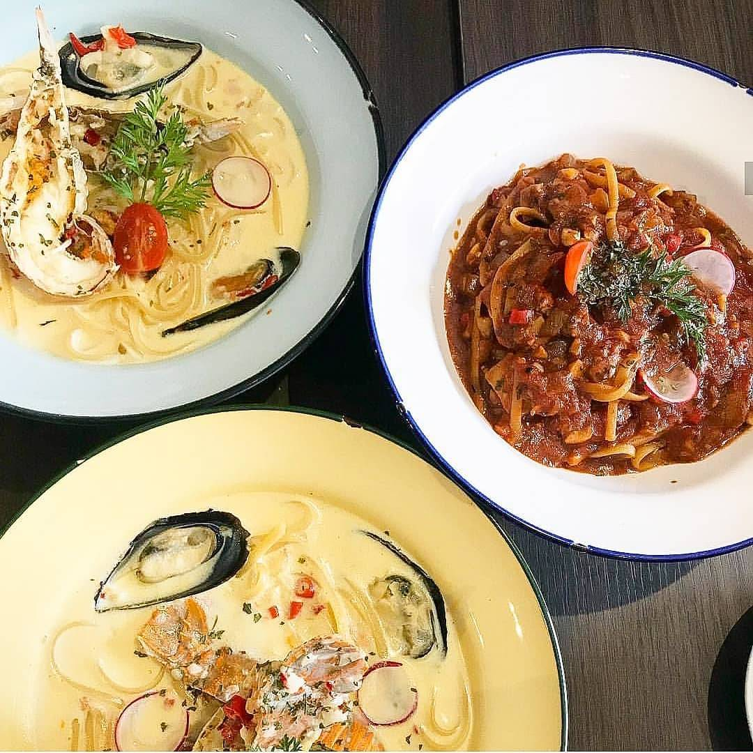 the hastag cafe singapore