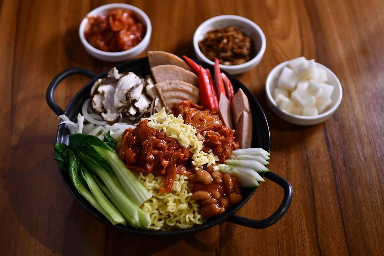 halal korean food muk bang korean restaurant singapore korean food