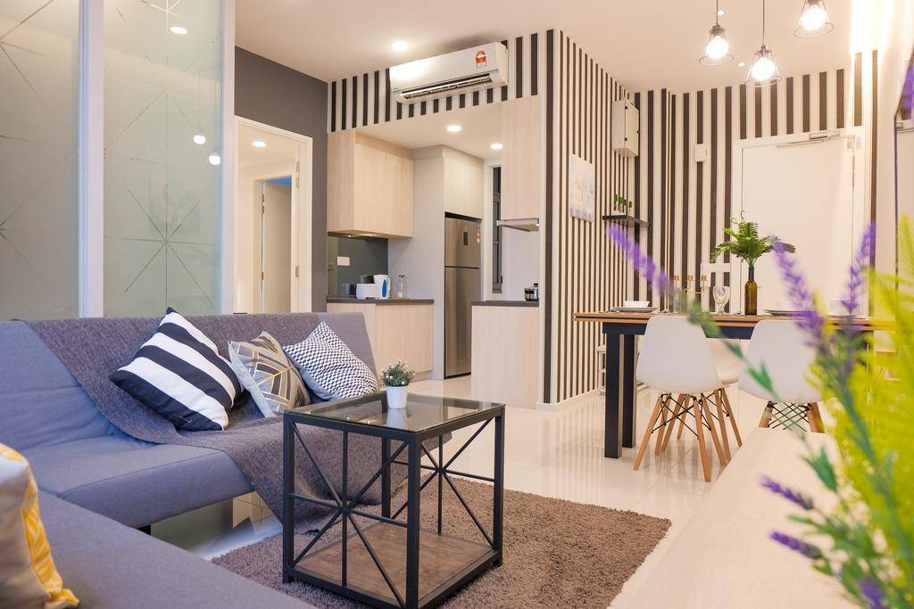 airbnb malaysia KL tastefully decorated 1+1 br apartment city center