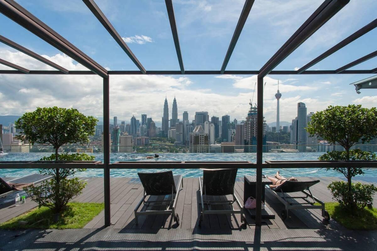 airbnb malaysia kl superb infinity pool at regalia kuala lumpur