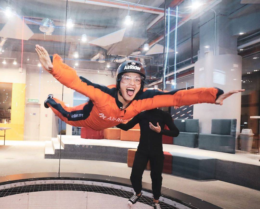 Travel recommend - AirRider Indoor Skydiving