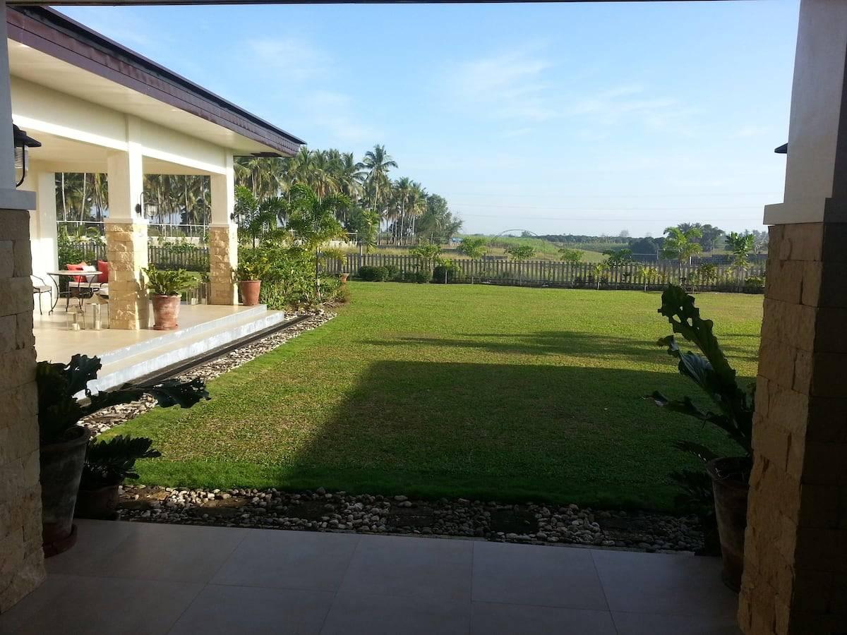 Casa Victoria Dumaguete Hillside Retreat Room Philippines Airbnb