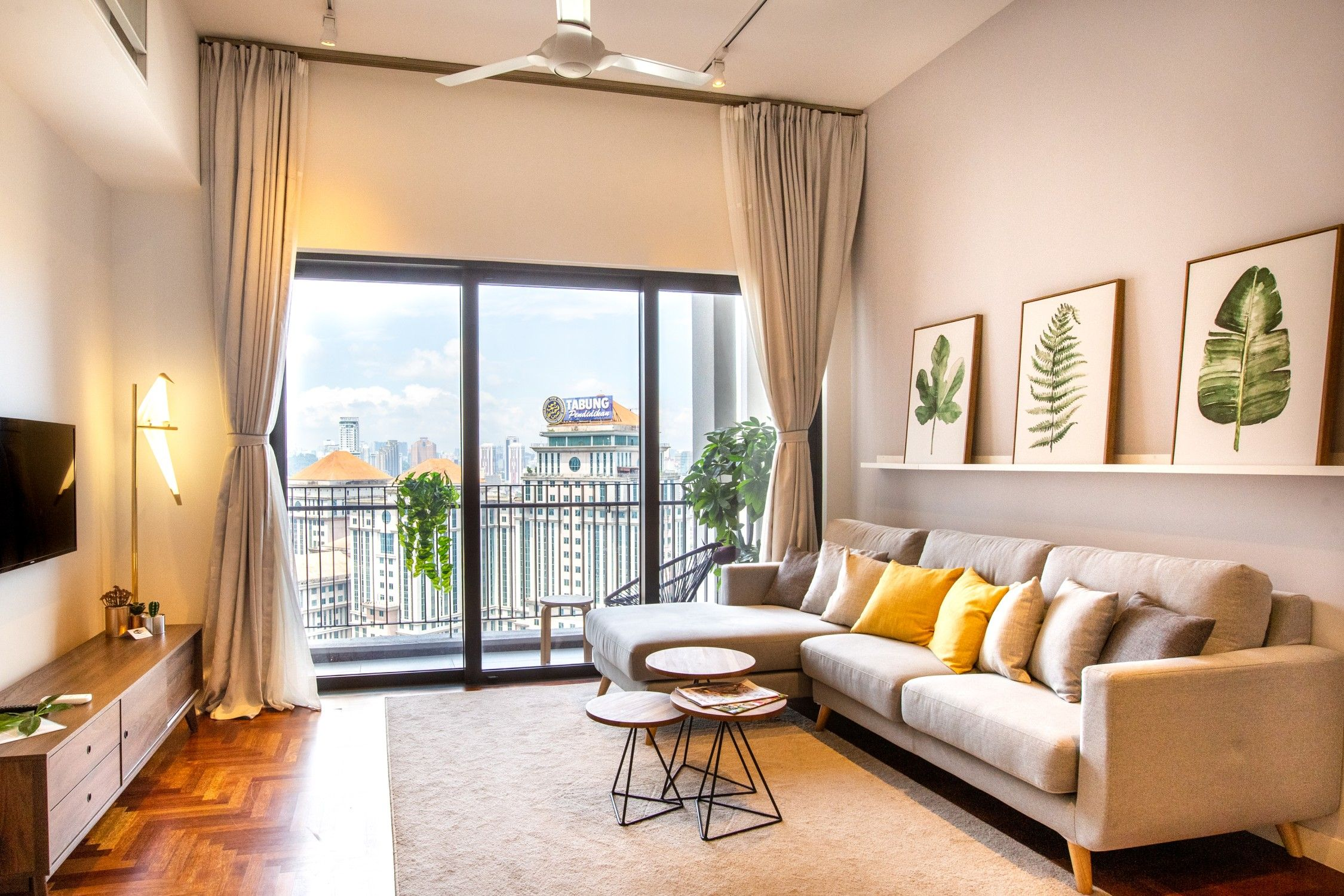 airbnb Malaysia Modern luxury suite with beautiful rooftop garden KL