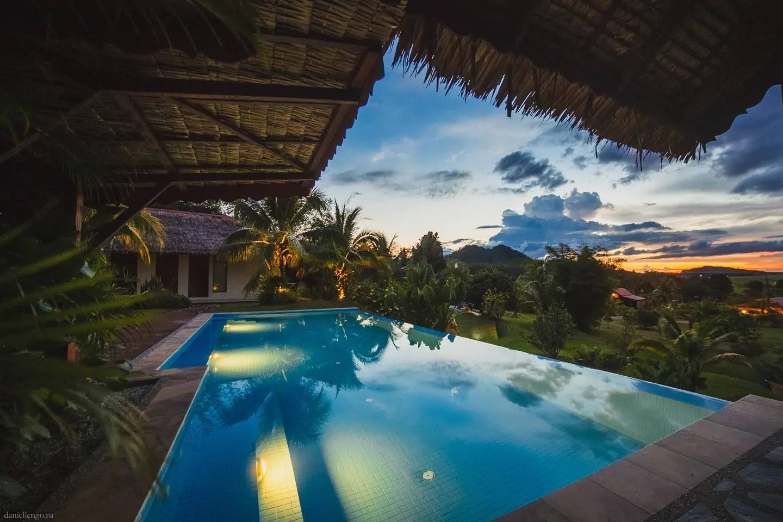 airbnb malaysia alamanda hilltop villa sunset pool