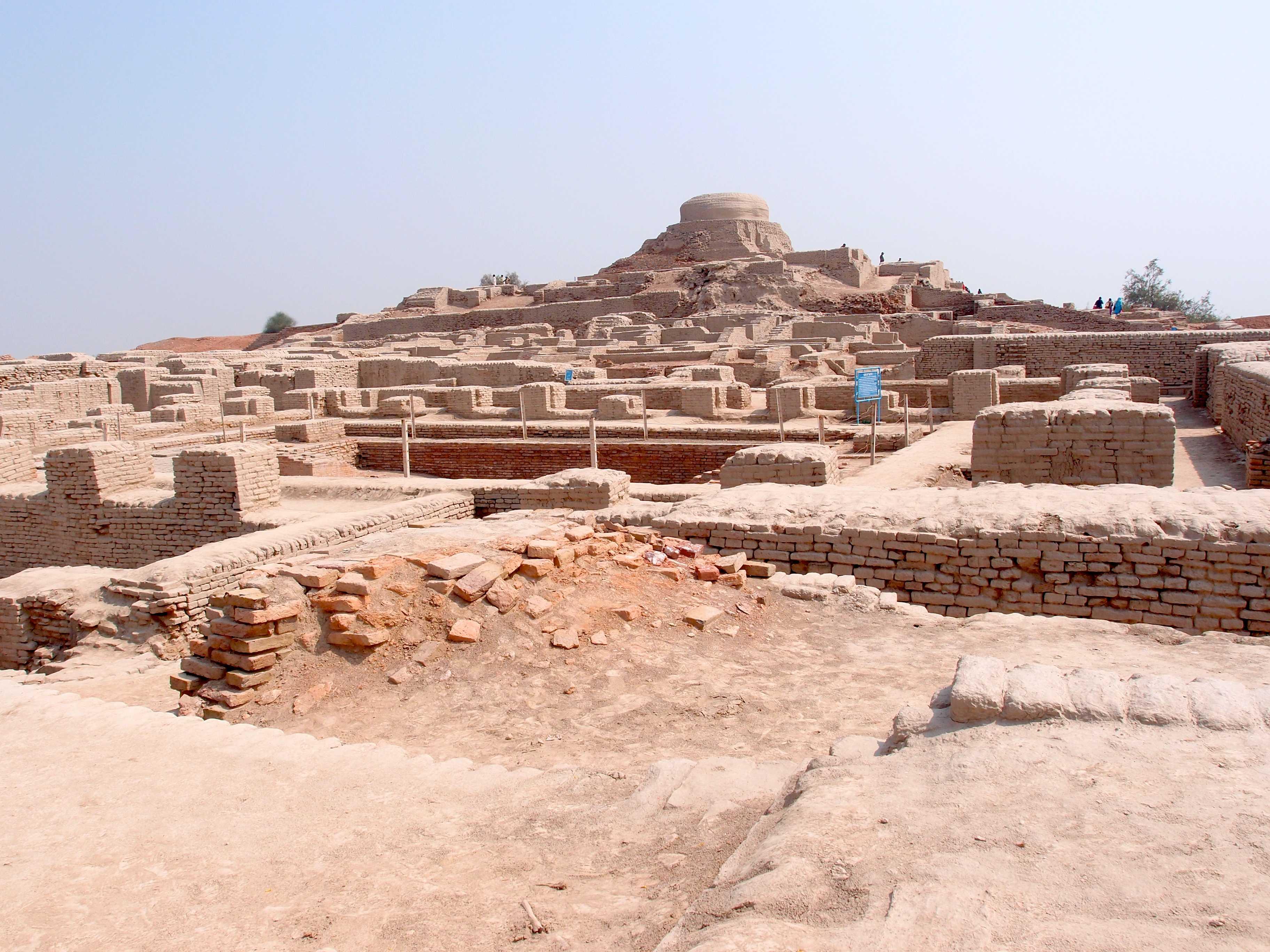 mohenjo daro Pakistan Historical Places