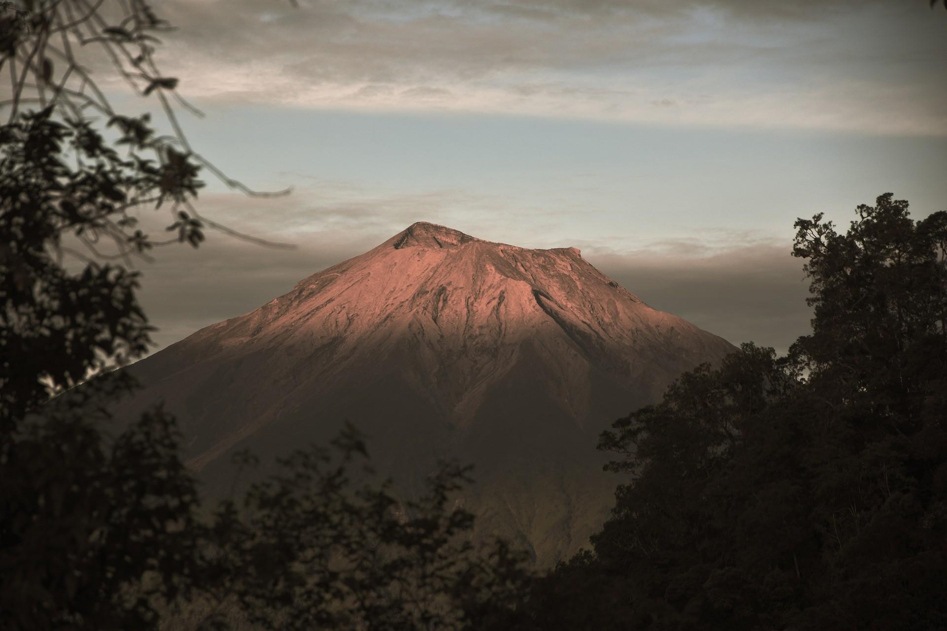 Gunung Kerinci Padang Indonesia
