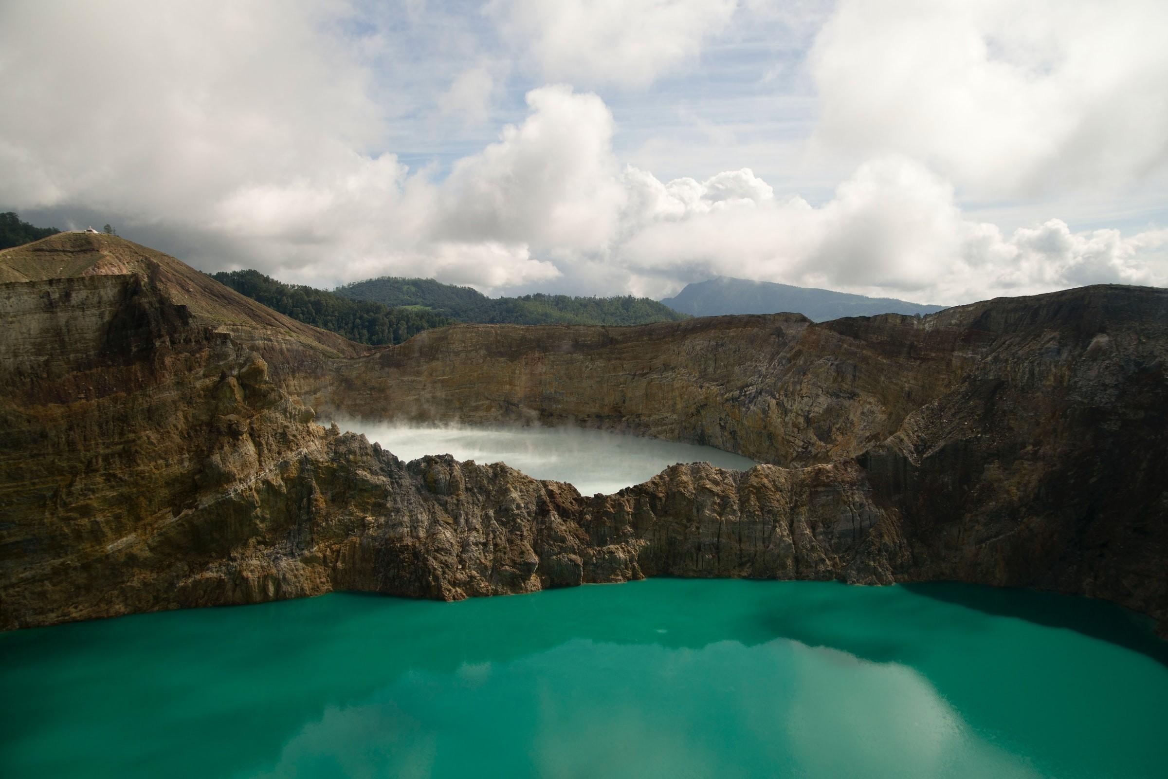 Gunung Kelimutu Indonesia