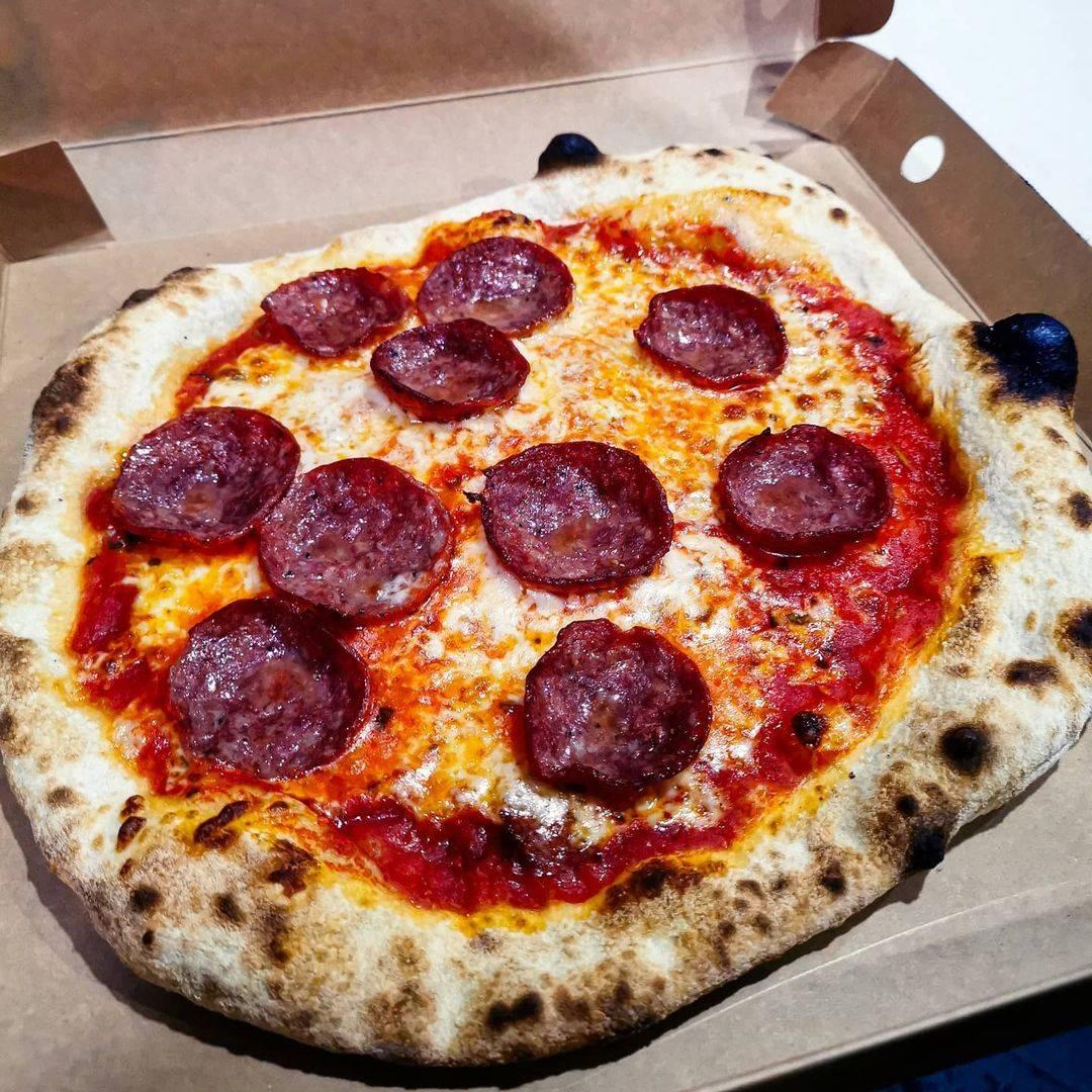 GUS Pizzeria Halal Pizza Singapore