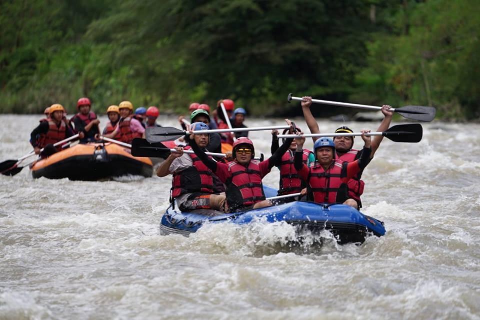 Arung Jeram Sungai Mana Sumatra Selatan Indonesia