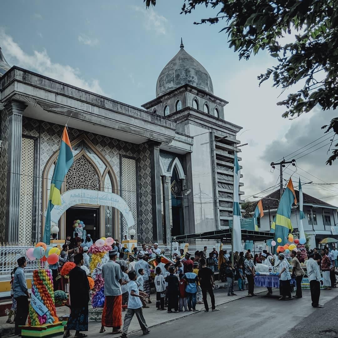 Baitul Qodim Grand MosqueLoloan Jembrana Village Bali Indonesia