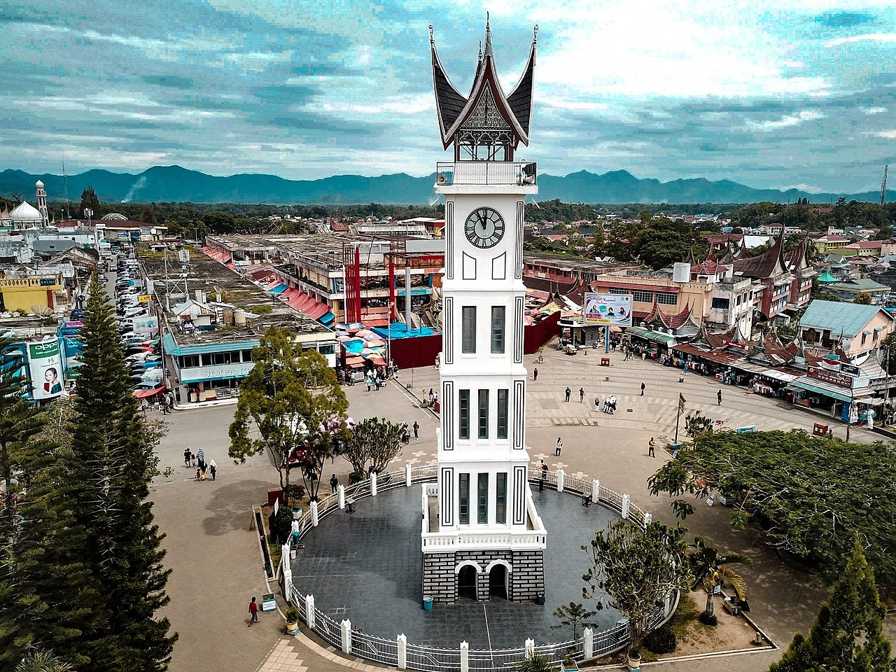 Jam Gadang Bukit Tinggi Indonesia