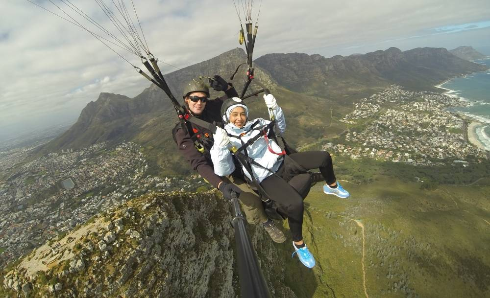 Cape Town, South Africa, Paragliding off Signal Hill and Lion's Head