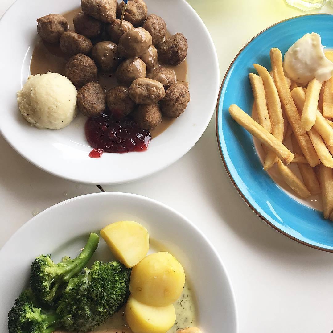 IKEA Tampines Food, Meatballs and fries