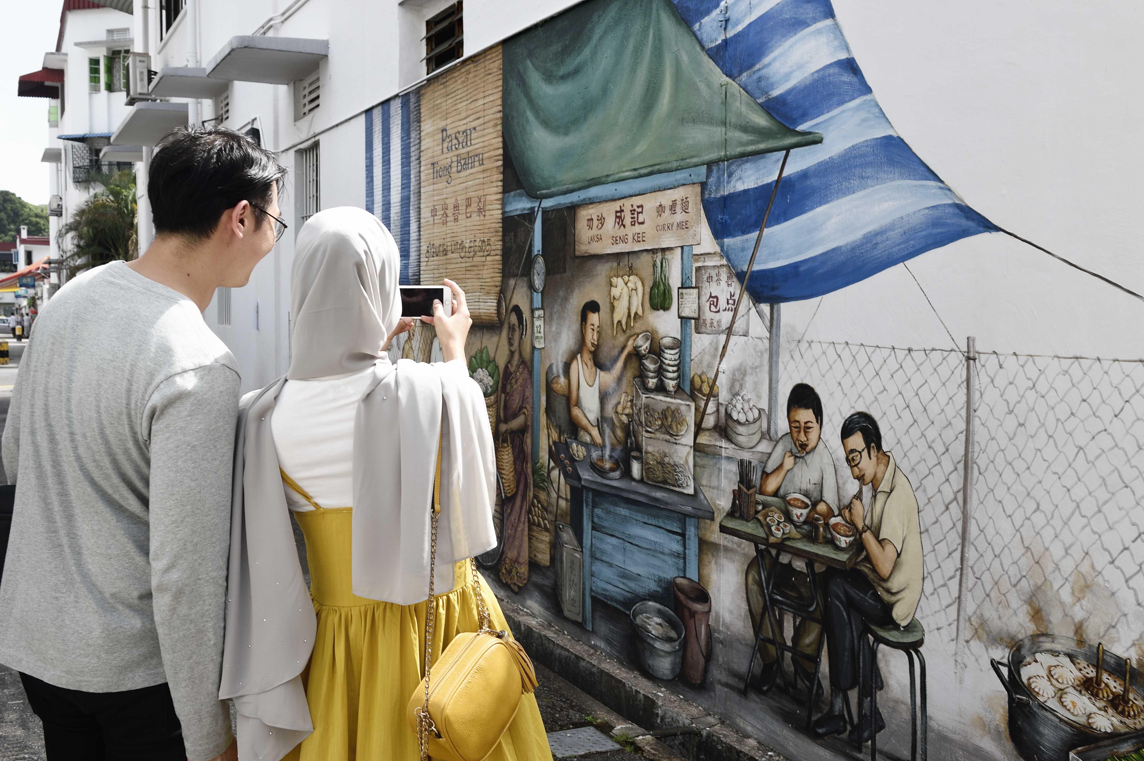 Murals in Tiong Bahru
