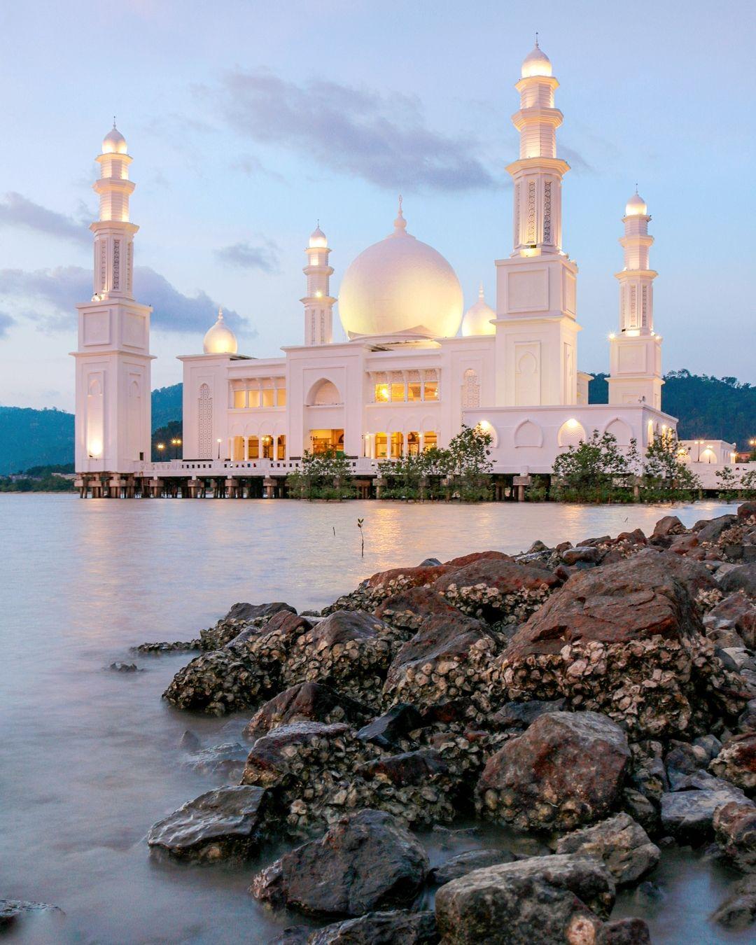 Masjid Oesman Al-Khair Great Mosque Kalimantan