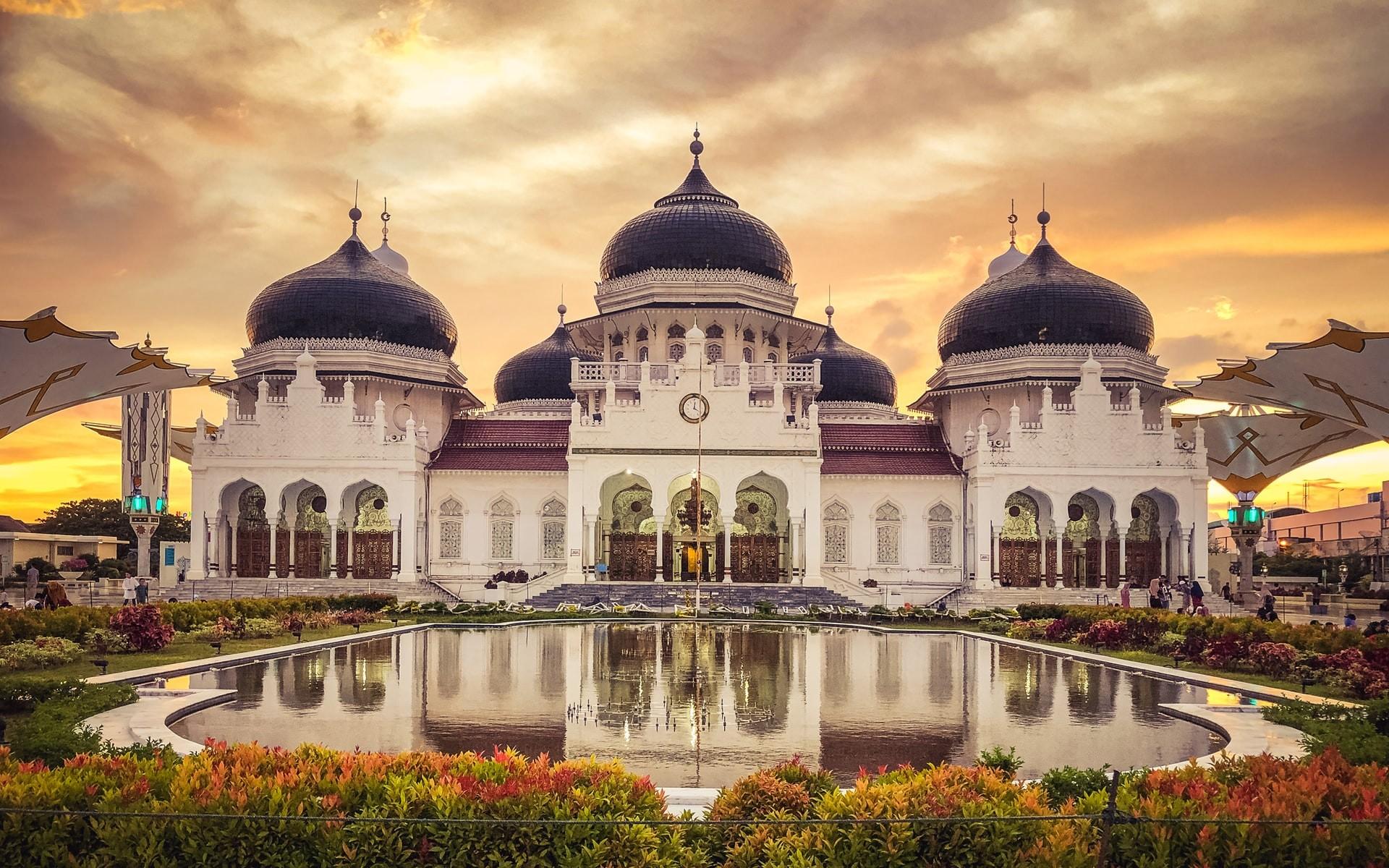 Masjid Baiturrahman Great Mosque Banda Aceh Indonesia