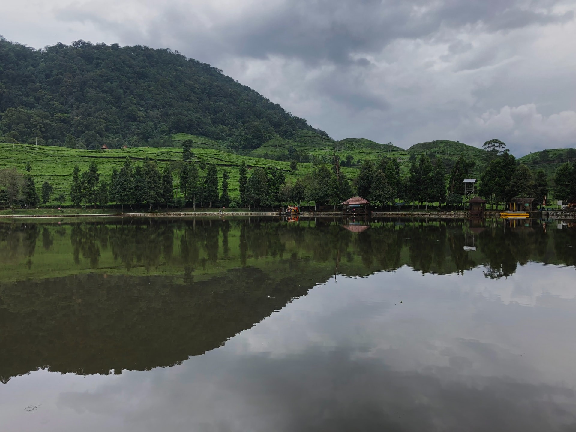 Telaga Warna Indonesia