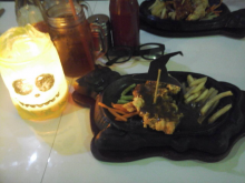 cafe bengkel steak