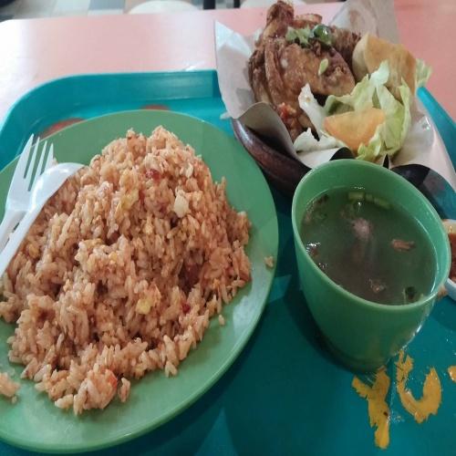 Nasi Goreng Ayam Penyet