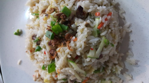 nasi goreng kerabu / mix vege fried rice