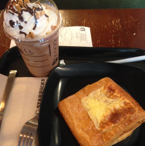 chickin roll & cheese frappuccino