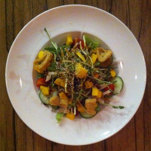 Mango Chicken & Jicama Salad
