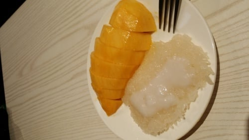 Manggo sticky rice